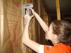 installing-insulation